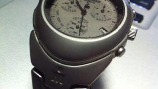 買ったままの腕時計。近所の時計店で電池交換してみた