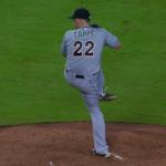 【MLB】変則すぎる投球フォームで、よく投げられるな〜