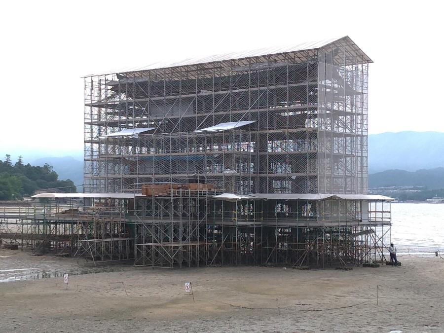 広島・宮島の厳島神社の鳥居